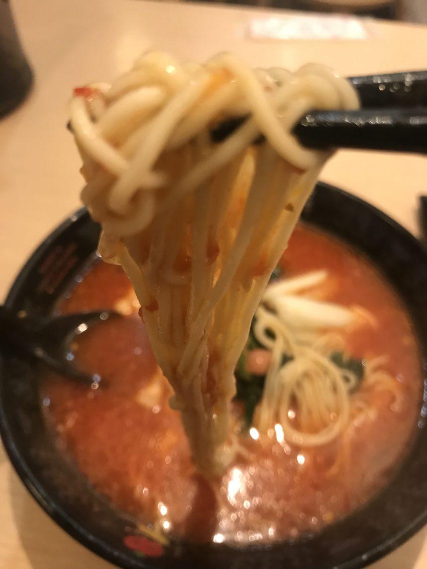 トマトラーメンと辛めん 三味-333 天神大名店 元祖トマトラーメン