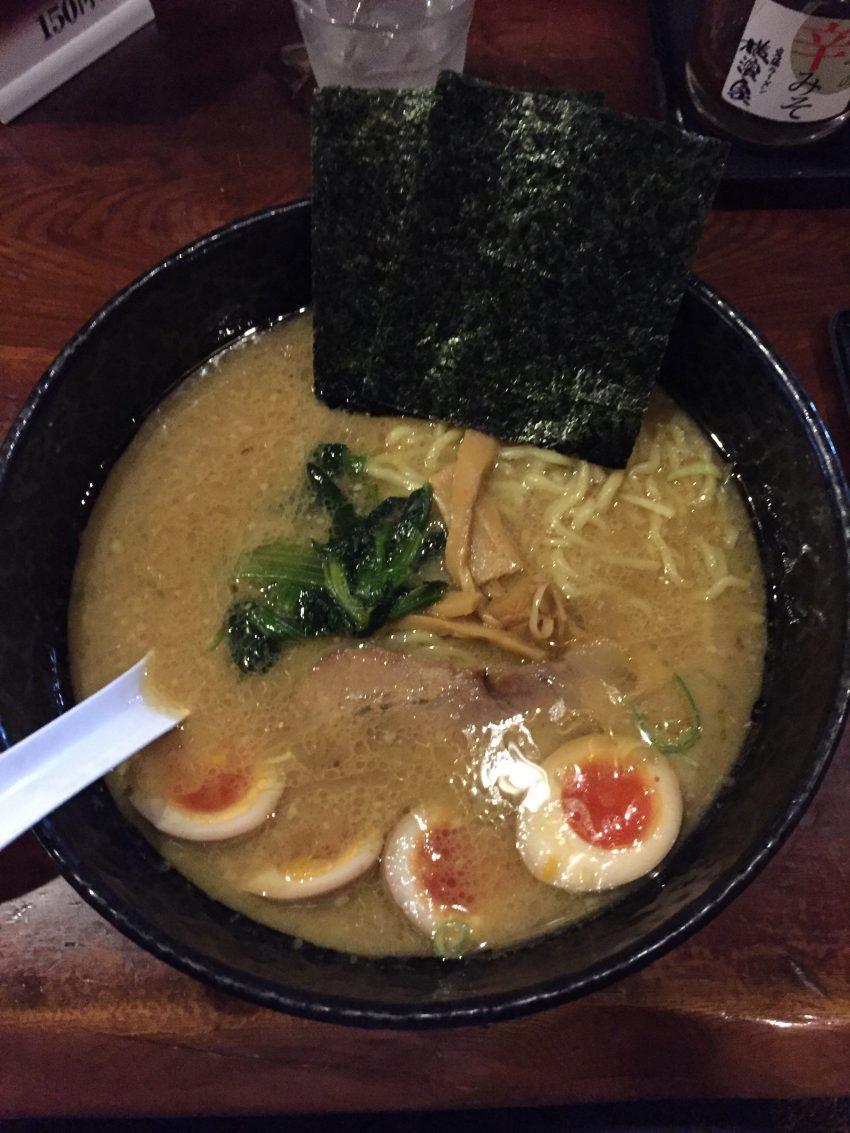 横濱家 - 味玉ラーメン大盛